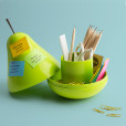 QL10148_Pear-Pod-office-bg_GN_hi