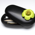 Blossom Pebble Box (Black-Green)
